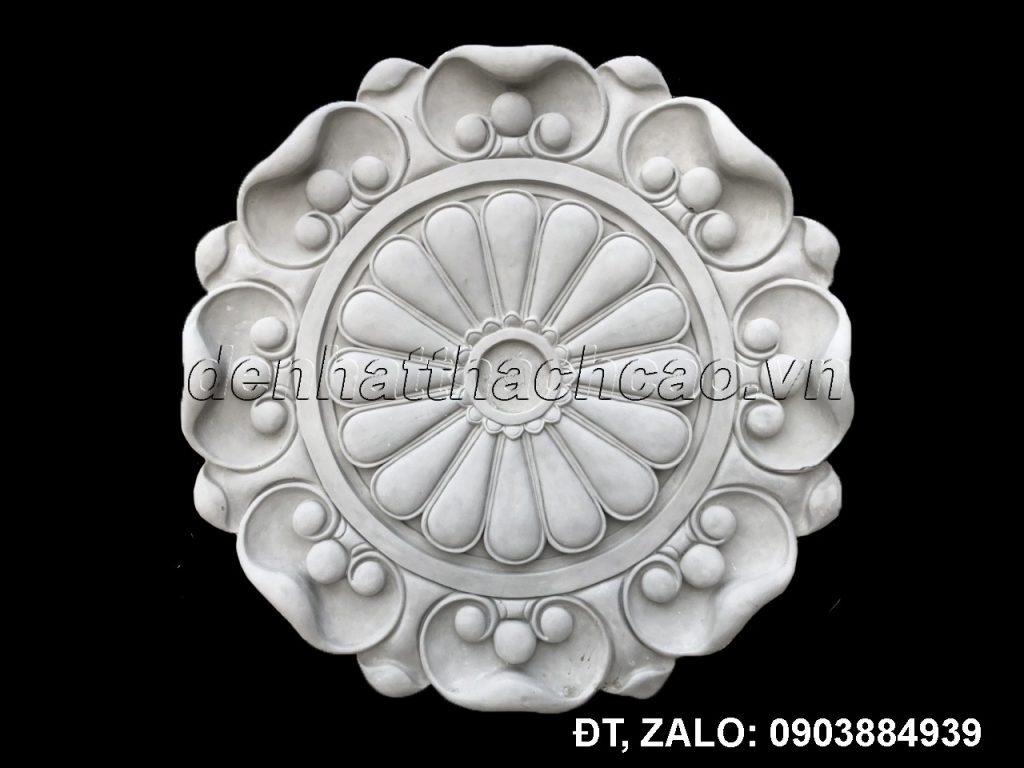 Bong-giua-tran dùng trang trí chân đèn chùm, quạt, trang trí tâm các ô vuông hay mặt dựng hình bán nguyệt